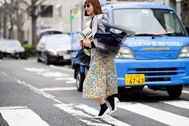 04-fashion-week-tokyo-street-style-fall-2015-08